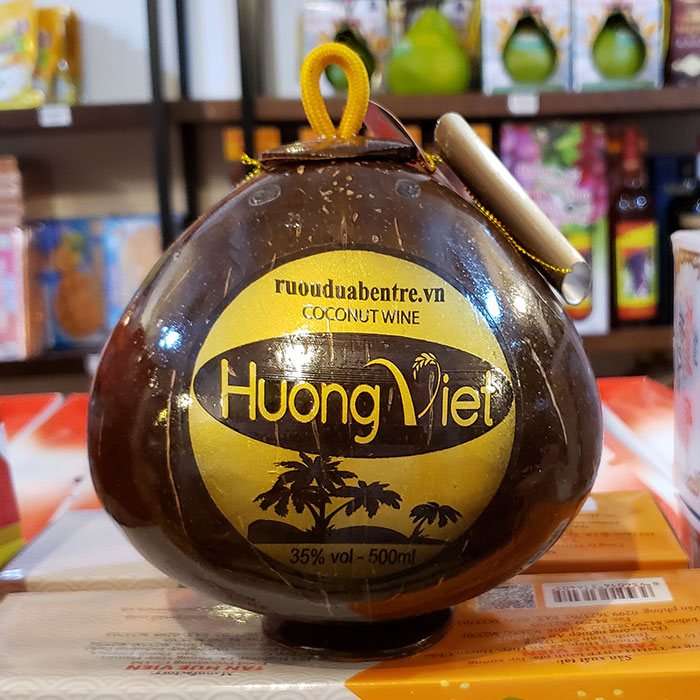 Đặc sản làm từ trái dừa loại một tại bến tre